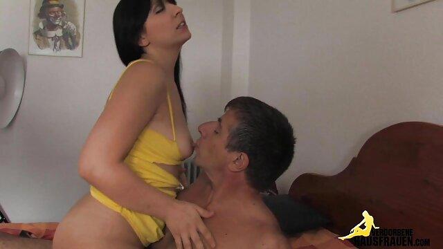 دستورات سکس با زن شمالی افسر فرماندهش