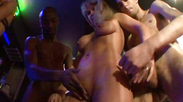 فوق فیلم سکسی زنان سینه بزرگ العاده لعنتی 1. آوریل